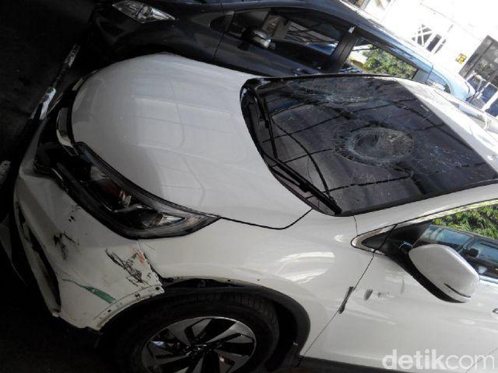 Orang yang Diringkus di Jatiwaringin Pelaku Tabrak Lari, Bukan Maling Mobil