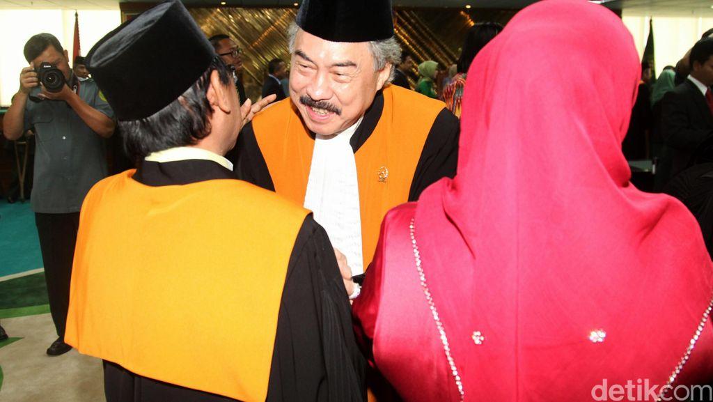 Hakim Agung Gayus Lumbuun Diprotes karena Memvonis Mati 13 Orang