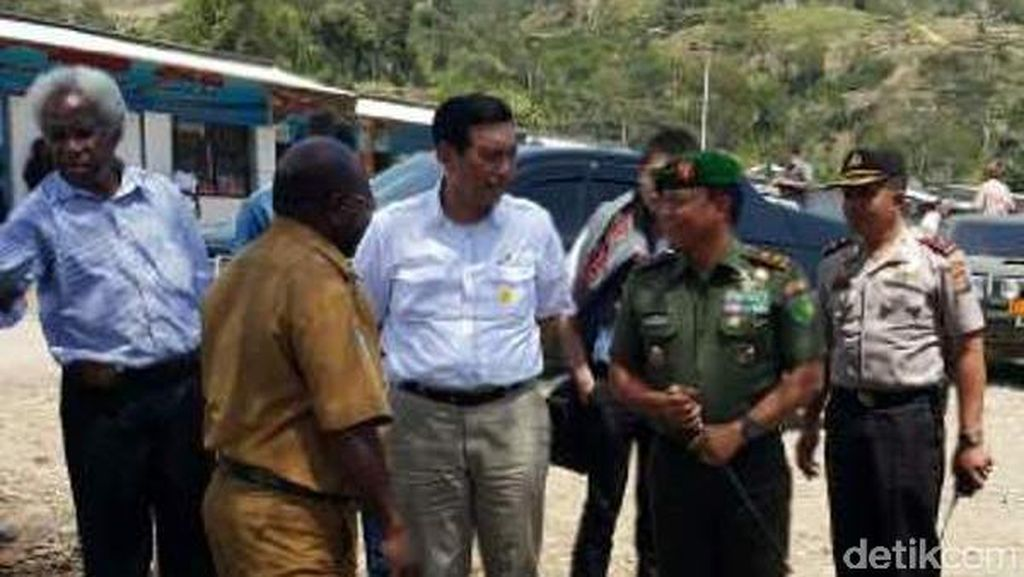 Usai Tinjau Tolikara, Kepala Staf Kepresidenan Temui Pimpinan Gereja Papua