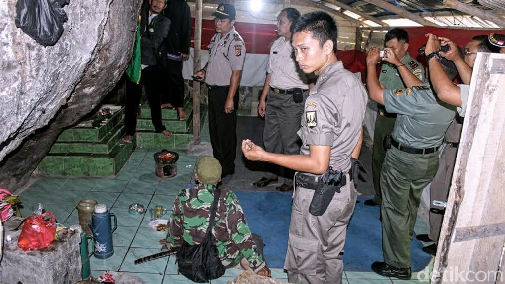 Makam Keramat Palsu di Pelabuhanratu Dibongkar Polisi