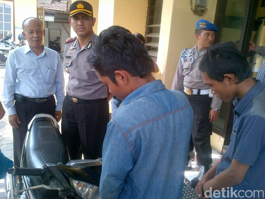 2 Pengamen Cilik Bawa Kabur Motor saat Pemiliknya Dikeroyok Massa