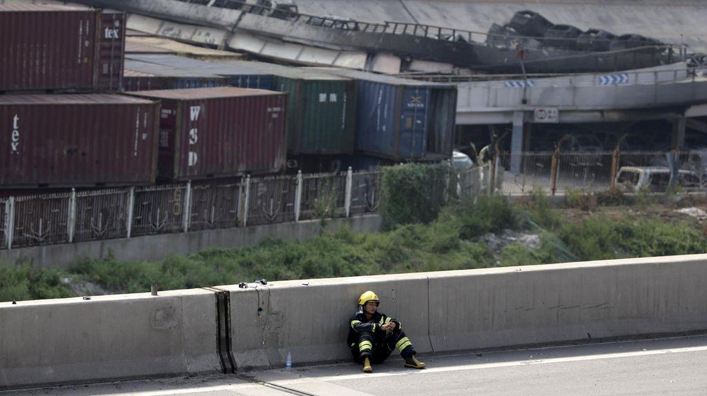 4 Kebakaran Baru Terjadi di Lokasi Ledakan Dahsyat Tianjin