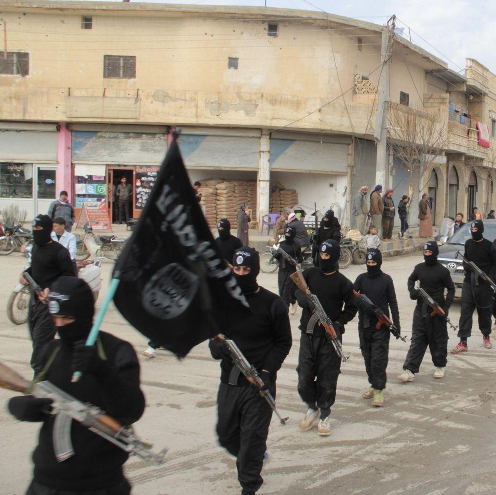 Mantan Bos CIA: AS Bisa Ajak Militan Terkait Al-Qaeda Perangi ISIS