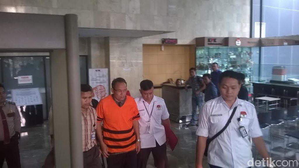 Kasus Suap Akil Mochtar, KPK Tahan Amir Hamzah dan Kasmin