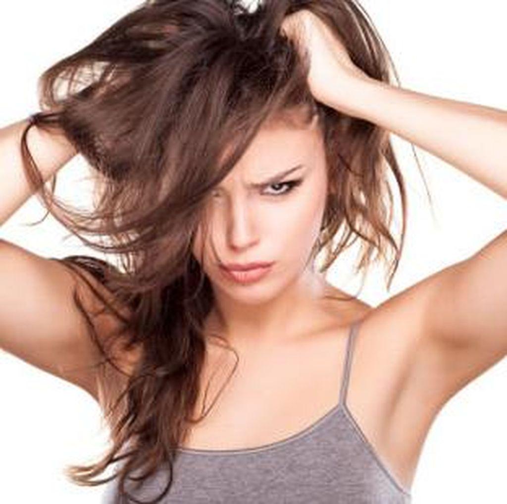 Stres Sebabkan Rambut Beruban? Ini Penjelasan Pakar