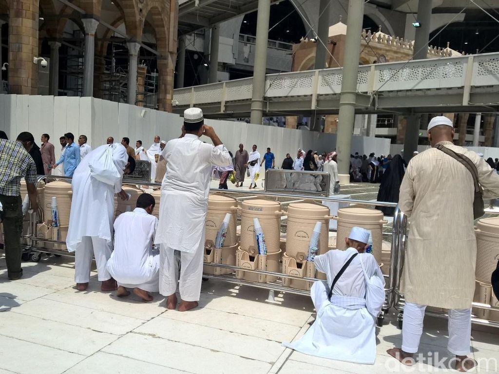 Cuaca Ekstrem di Makkah, Panas Tapi Sudah 2 Kali Hujan