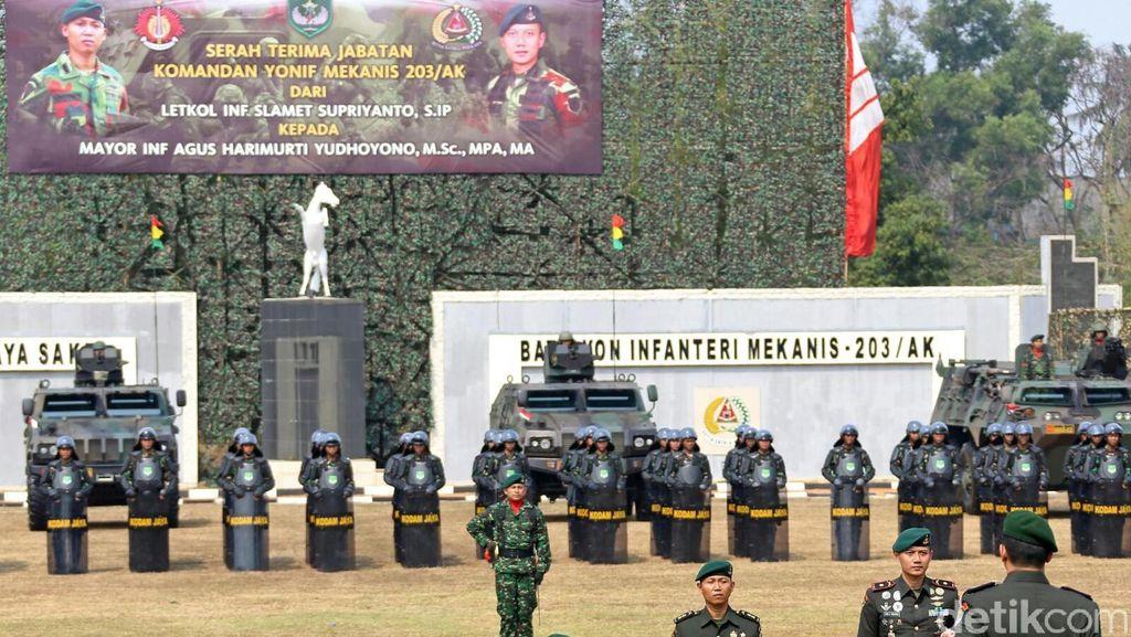SBY Hadiri Sertijab Putranya, Mayor Agus Yudhoyono Sebagai Danyonif 203/AK