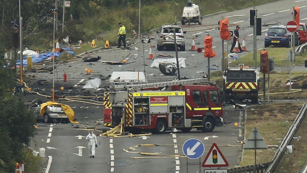Korban Tewas Jet Hawker yang Jatuh di Jalanan Inggris Jadi 11 Orang