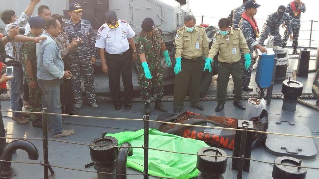 Jenazah yang Diduga Pemancing di KM Hujan Labek yang Karam Ditemukan