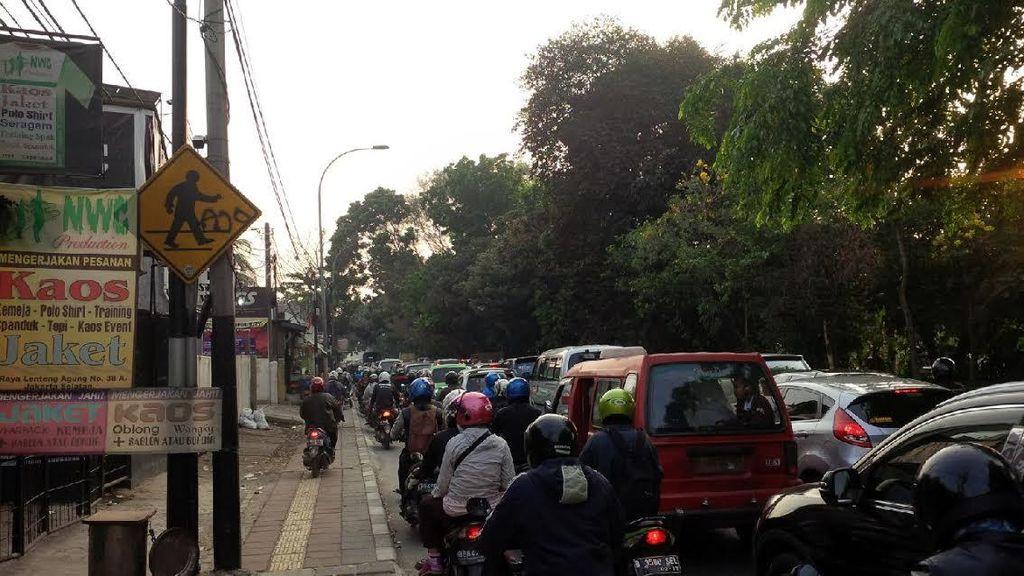Titik Kemacetan di Lenteng Agung Jakarta Selatan