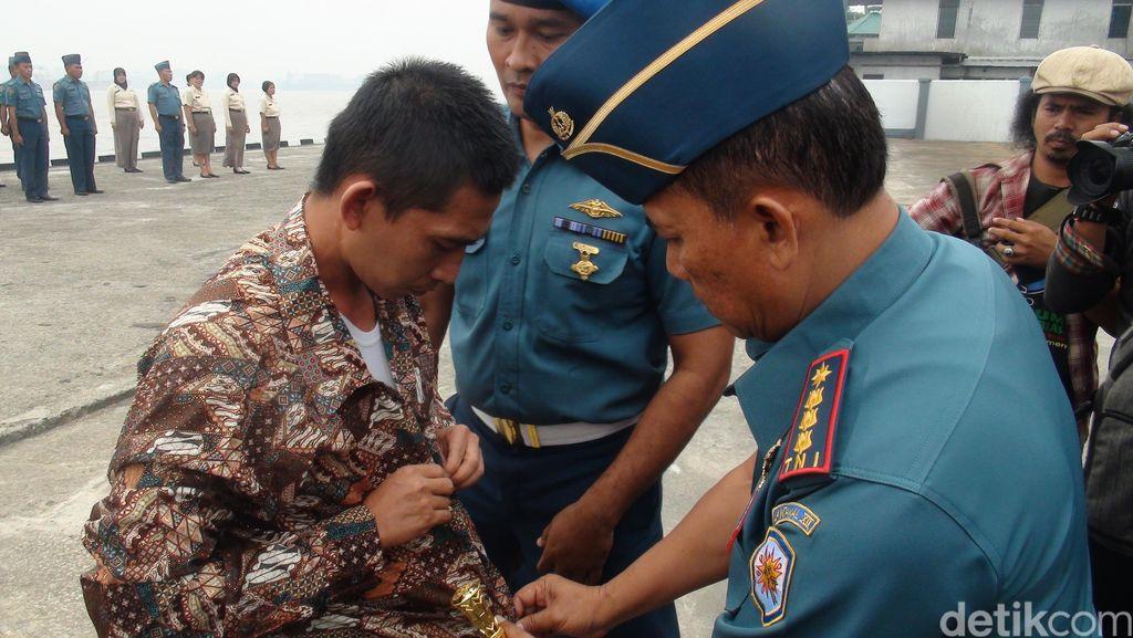 Desersi dan Kerap Berkelahi, Anggota TNI AL di Pontianak Dipecat