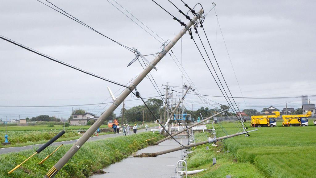Topan Goni Terjang Jepang, 280 Ribu Warga Dievakuasi