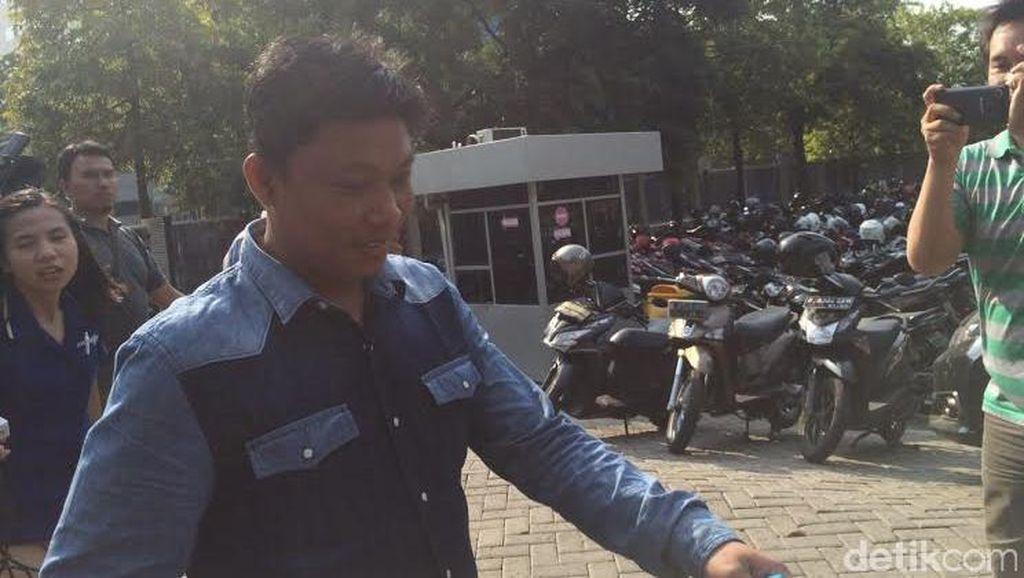 Ketua DPRD Muba Senyum-senyum Ditanya Soal Suap Rp 100 Juta