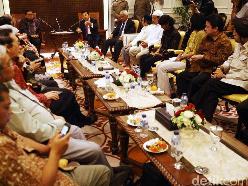 Berharap DPR Mendengar Nasihat Punakawan