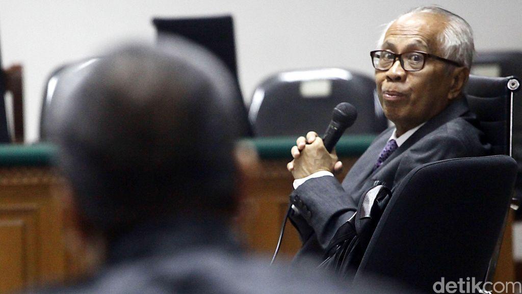 Jaksa KPK Sentil OC Kaligis: Orang Tahu Hukum Harusnya Bijak
