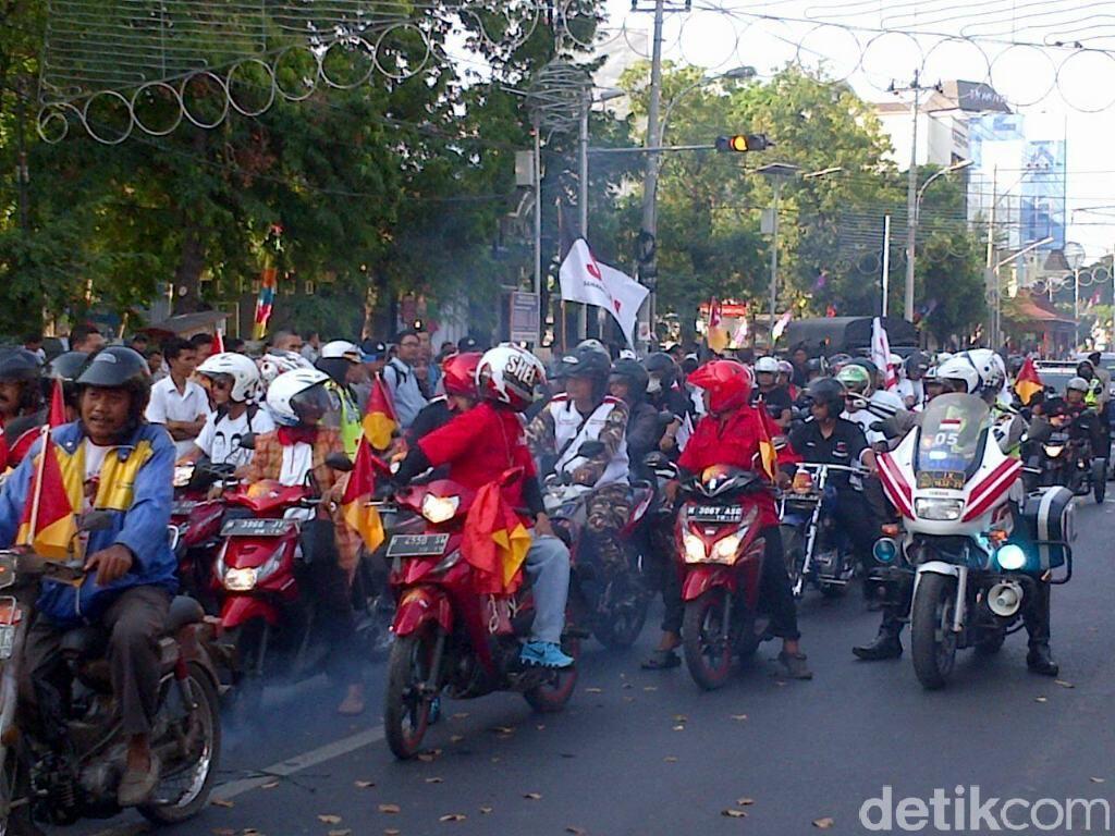 Calon Wali Kota dan Wawali Semarang Dikirab, Warga Tak Antusias