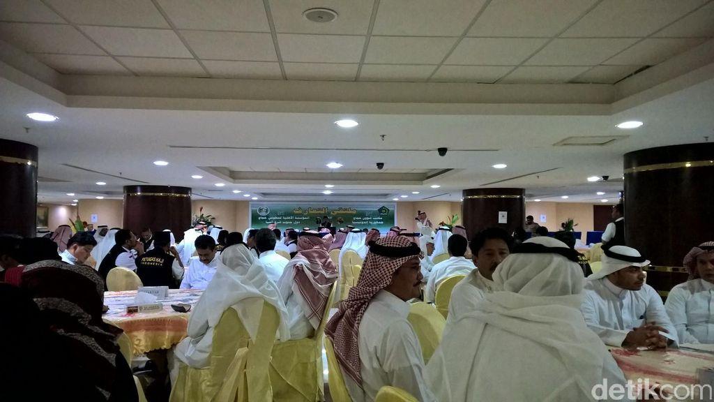 Janji Perbaikan di Arafah: Karpet, AC Baru dan Tenda yang Baik