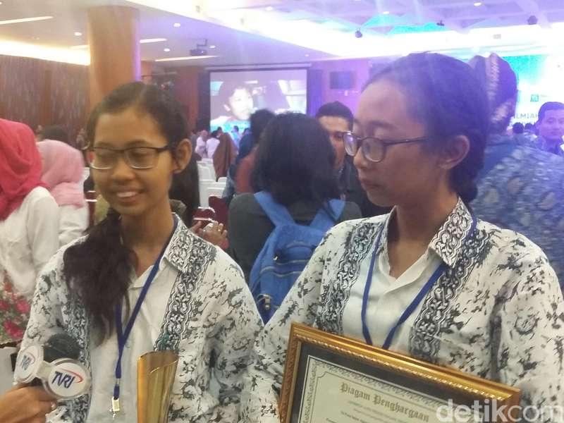 Meski Alat Penelitian Terbatas, Dua Remaja Bali Ini Juara Lomba LIPI