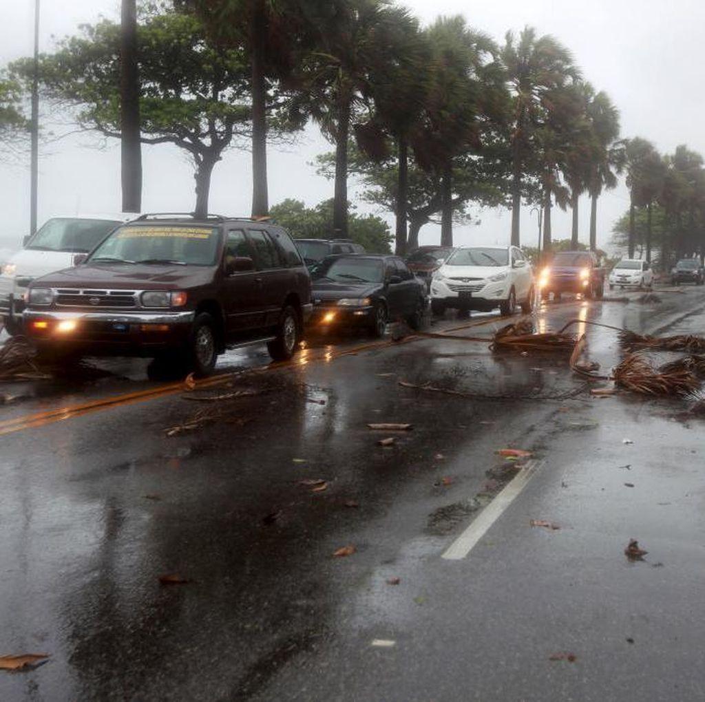 Badai Erika Hantam Dominika, 12 Orang Tewas