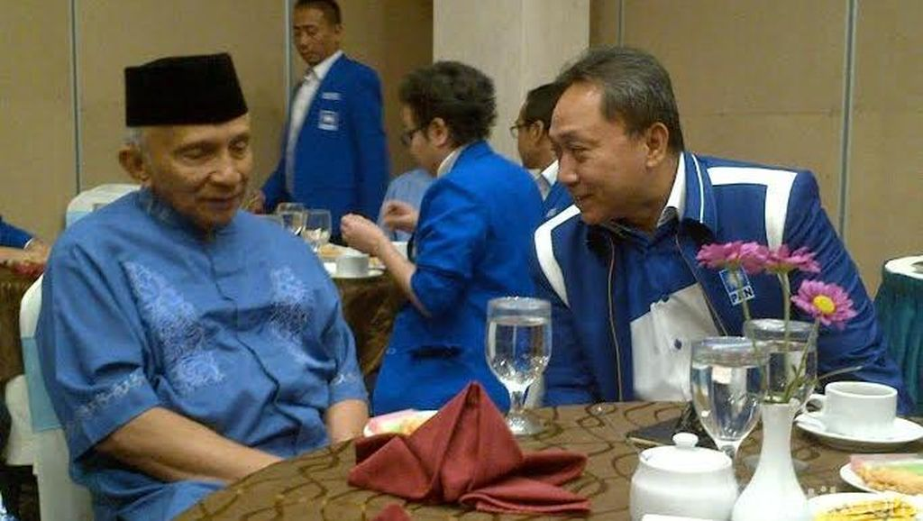 Sebut Jokowi Bapak Bangsa, Amien Rais Kembali Serukan Musyawarah Nasional