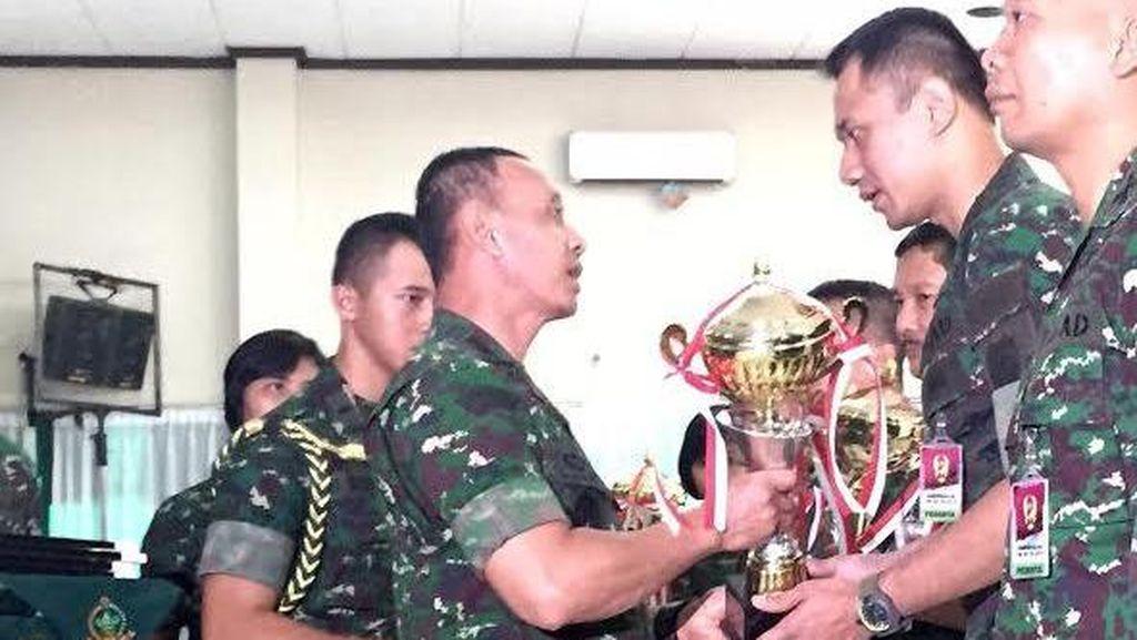 Mayor Agus Yudhoyono Dapat Penghargaan dari KSAD