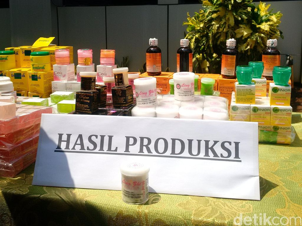 Awas! Kosmetik Palsu Bercampur Zat Berbahaya Beredar di Pasar Tradisional
