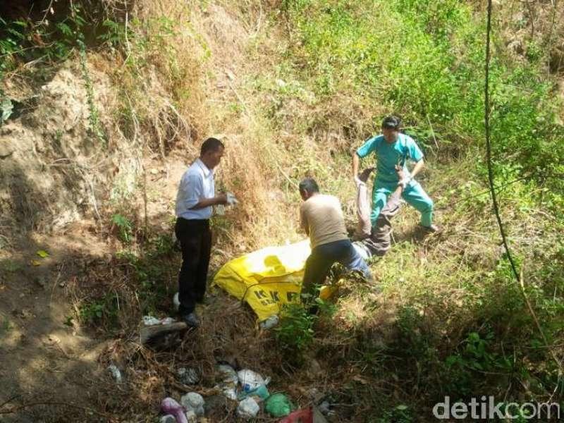 Terperosok ke Jurang, Pencari Burung Tewas di Pembuangan Sampah