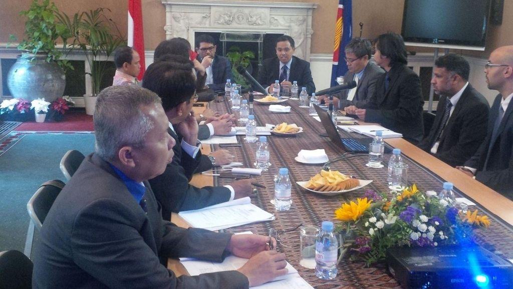 Belanda Belajar Hukum Adat ke Indonesia, Komisi III DPR Pilih ke Inggris