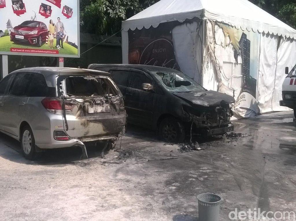 Akibat 2 Mobil Terbakar, SPBU Jl Gatot Subroto Ditutup Sementara