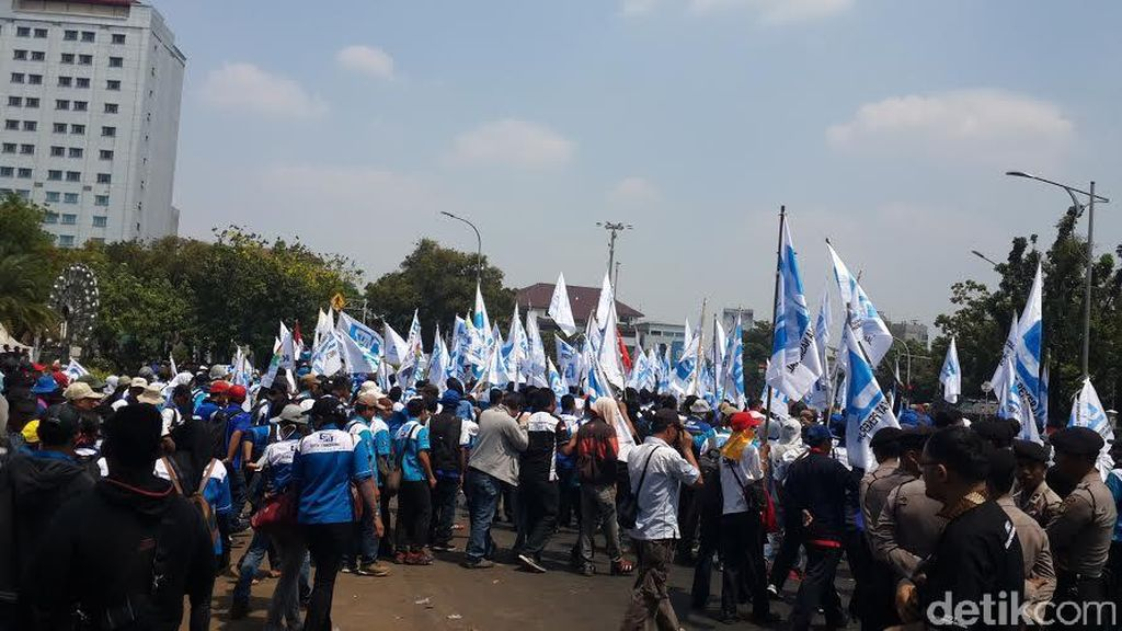 Jika Tuntutan Tak Dipenuhi, Buruh Ancam Mogok Massal Bulan November