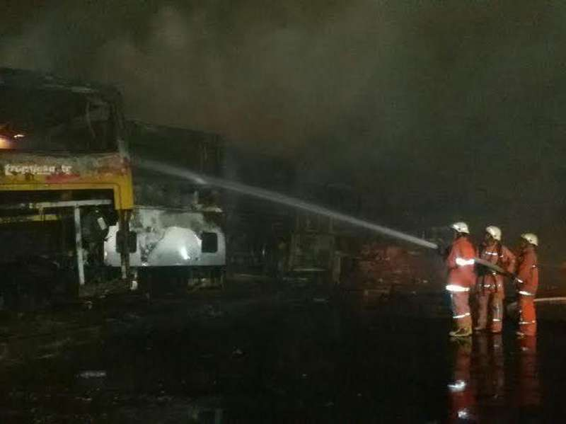 Bus yang Terbakar di Pool Operator TransJ Sudah Tak Beroperasi