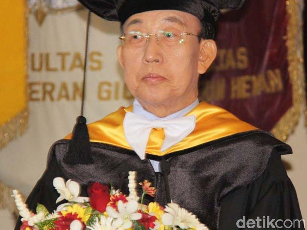UGM Beri Gelar Doktor HC untuk Gubernur Gyeongsangbuk-do Korsel