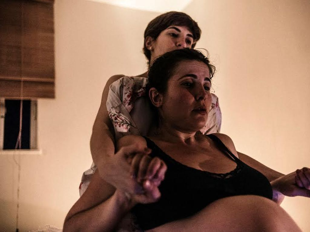 Foto Momen-momen yang Dirasakan Seorang Ibu 20 Jam Sebelum Melahirkan