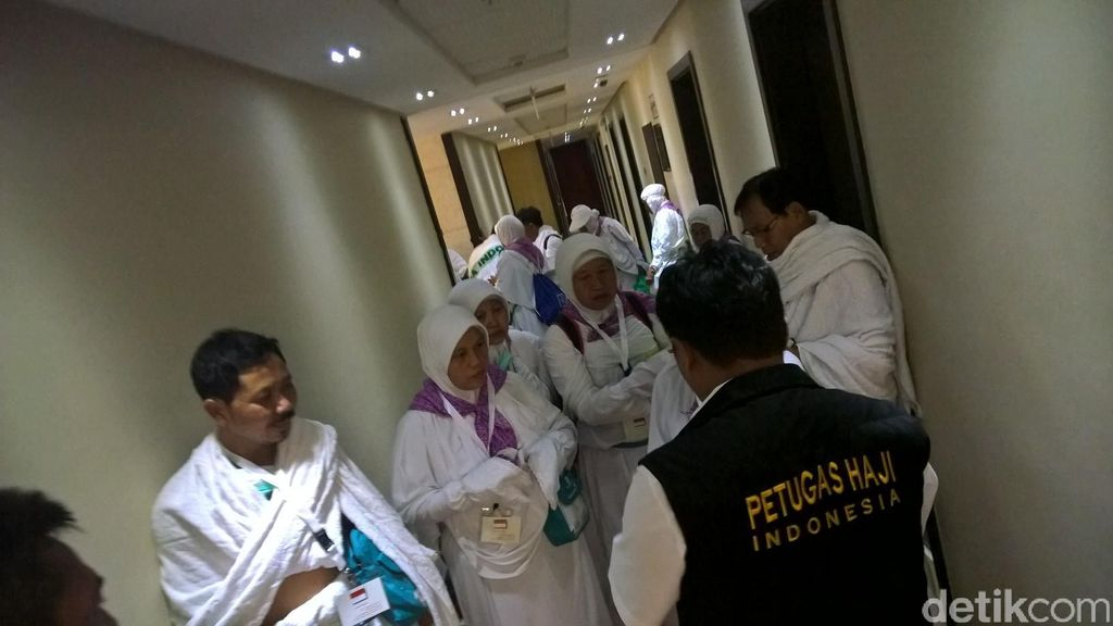 Penginapan Haji dan Jaminan Air Bersih di Sektor 8  Al Jawharah Tower