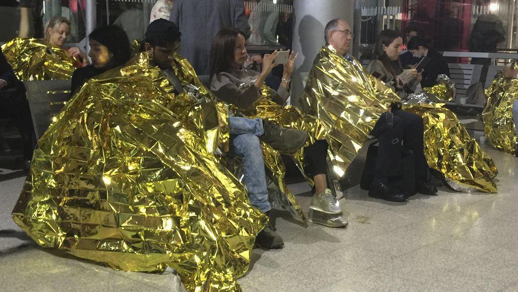 Duh! Ratusan Penumpang Kereta Peluru Eurostar Telantar Berjam-jam