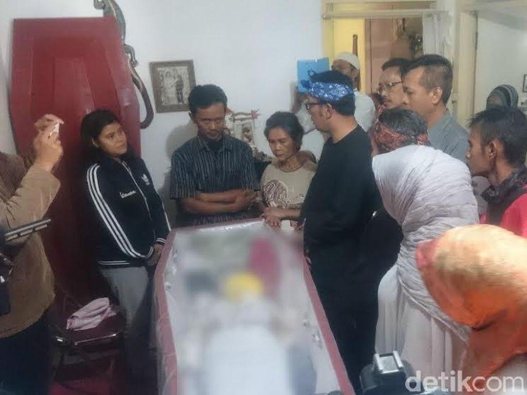 Ridwan Kamil akan Berikan Bantuan pada Ortu Siswi SMP yang Tewas Dibunuh