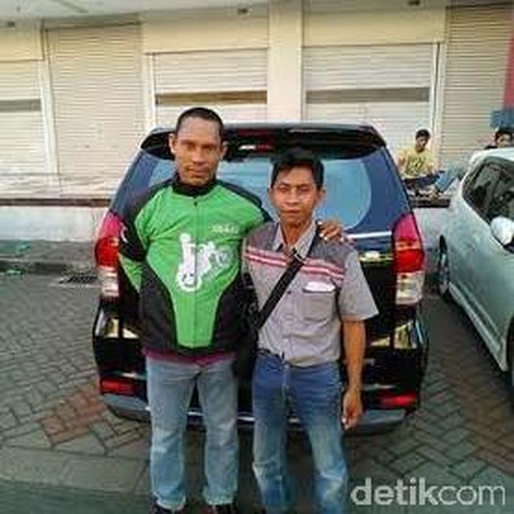 Anang Maruf Gabung Jadi Driver Go-Jek Surabaya