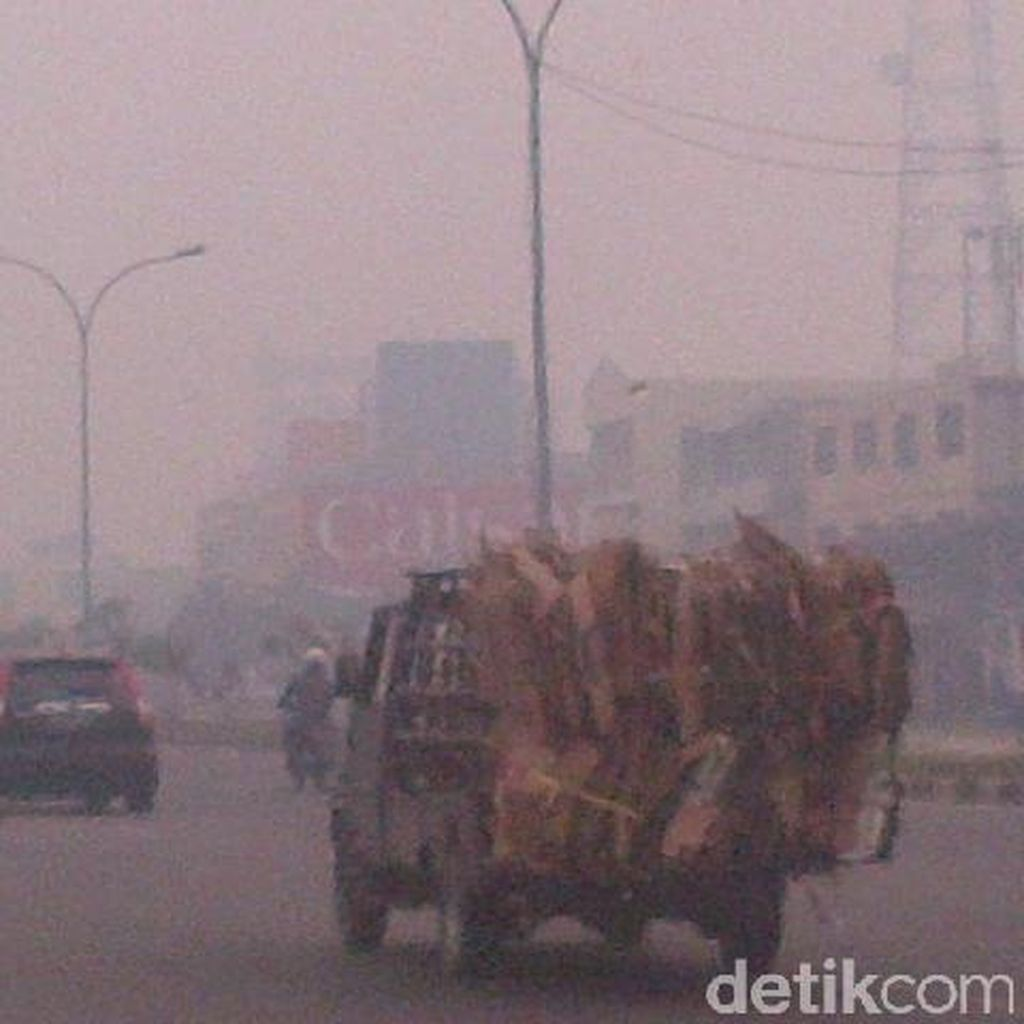 Jerit Warga Korban Asap di Riau Minta Bantuan Panglima TNI dan Jokowi