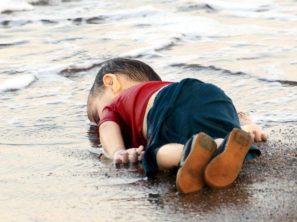 Memilukan, Foto Bocah Migran Terdampar di Pantai Turki Picu Keprihatinan