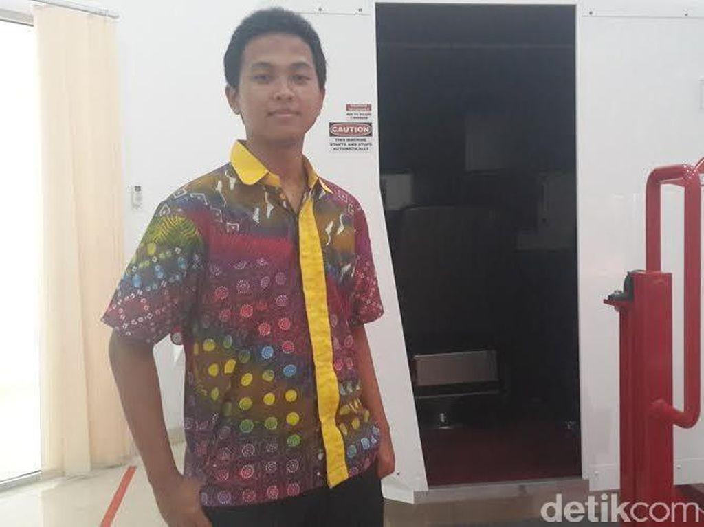 Hebat, Pemuda ini Sudah Jadi Instruktur Penerbang di Usia 18 Tahun