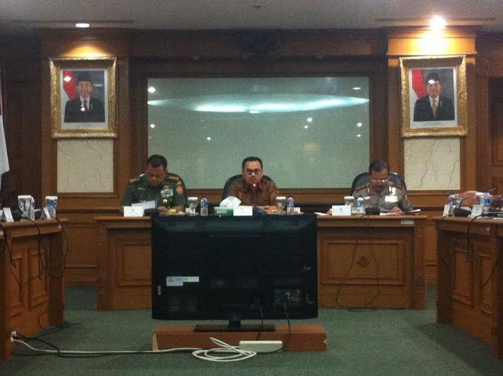 Menteri ESDM: Jokowi Minta Bencana Asap Ditangani, dan Jangan Sampai Terulang