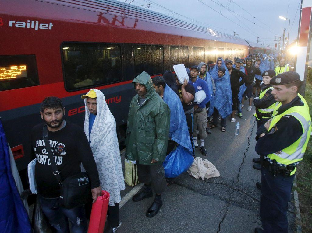 Aliran 4 Ribu Imigran dari Hungaria Masuki Wilayah Austria