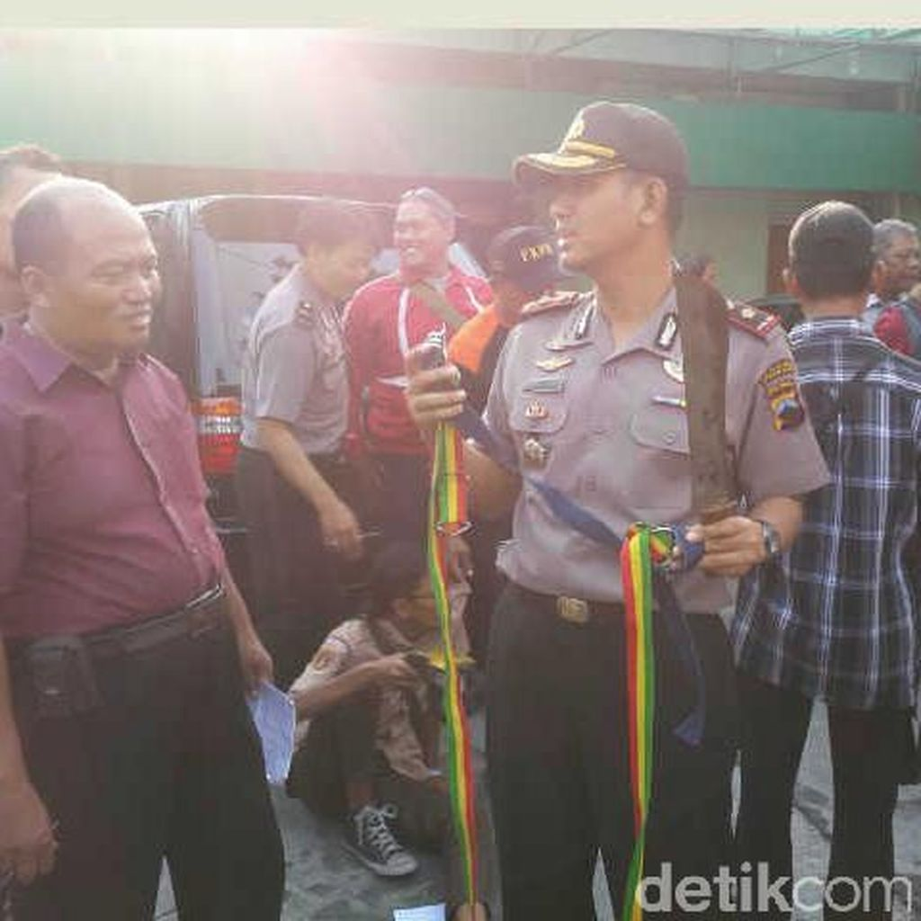 Polisi di Semarang Gagalkan Tawuran Bersenjata Parang