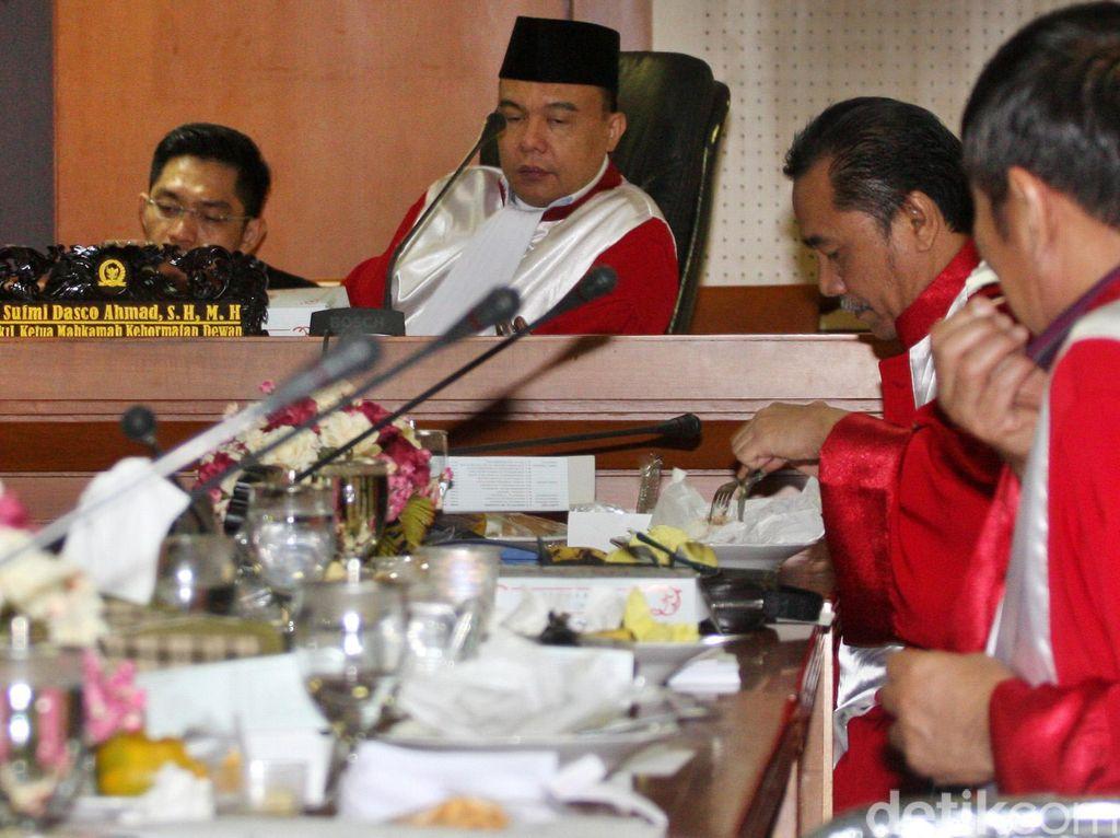 Anggota MKD: Kasus Novanto Berpotensi Pidana Penipuan!