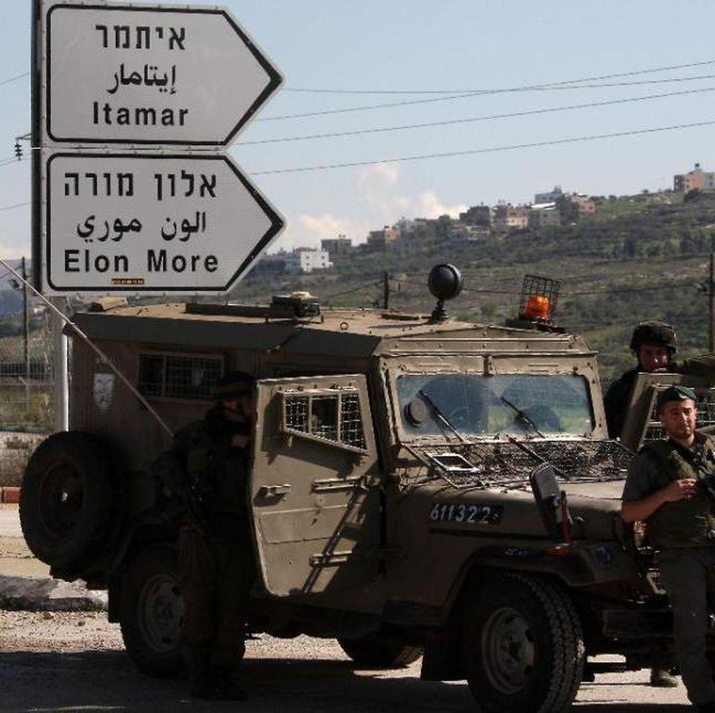Israel Kerahkan Ratusan Tentara Buru Penembak Suami Istri di Tepi Barat