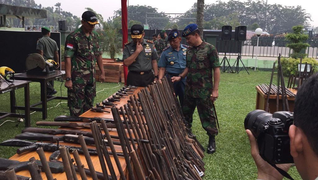 Kodam Tanjungpura akan Musnahkan Ratusan Senjata Rakitan Ilegal saat HUT TNI
