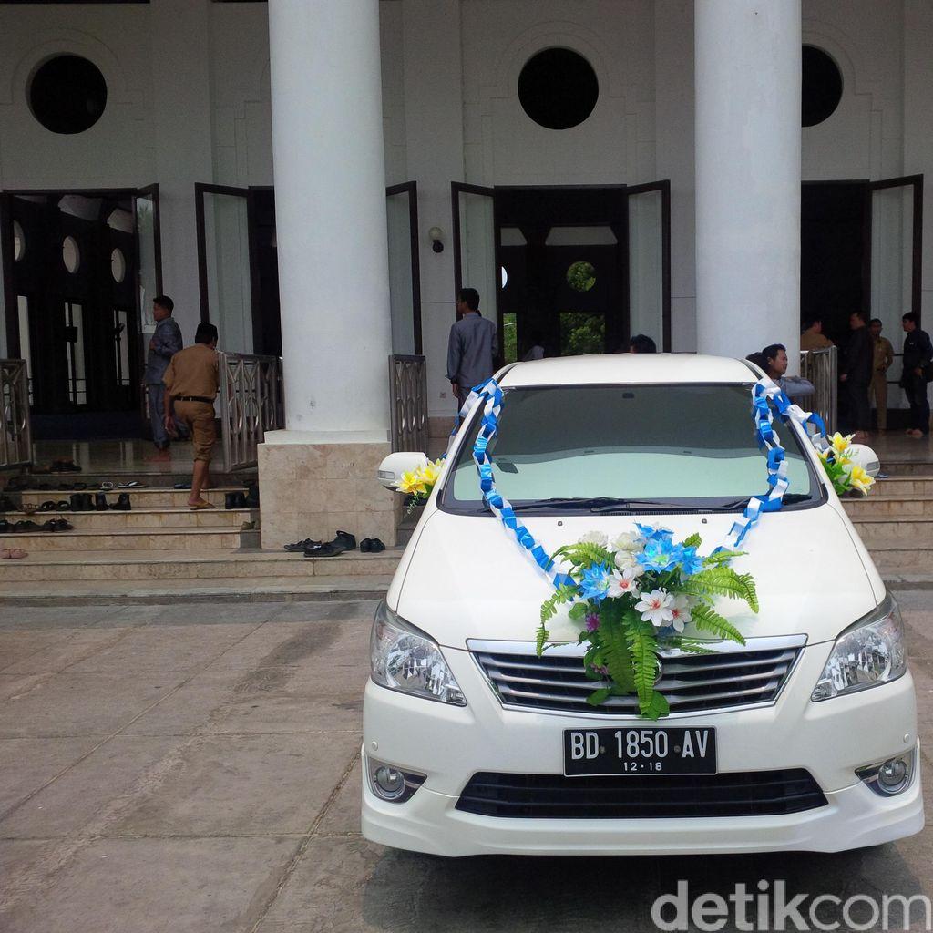 Cerita Wali Kota Bengkulu Soal Program Salat Berhadiah Mobil Milik Istri