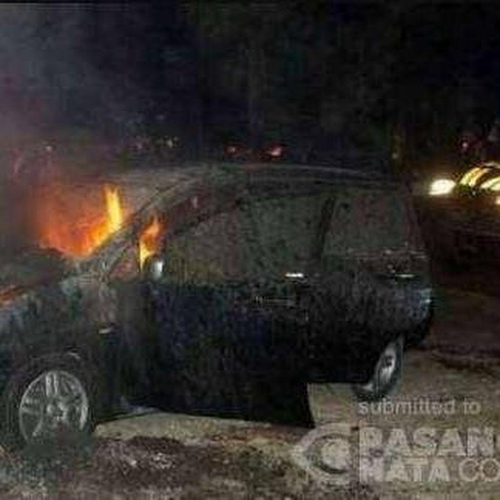 Tawuran Mahasiswa di Universitas Pancasila Memanas, Satu Mobil Dibakar