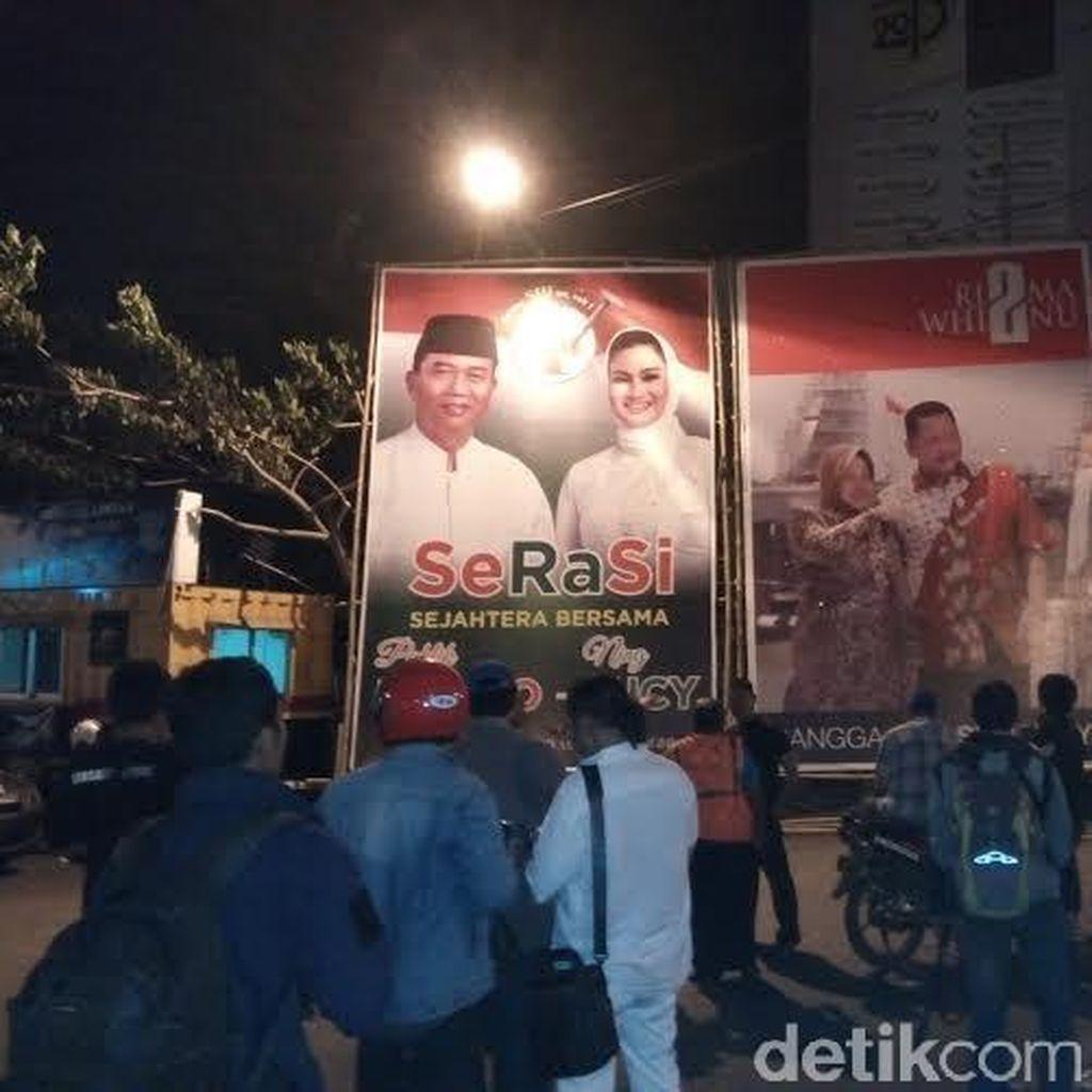 Alat Peraga Kampanye Pilwalkot Surabaya Mulai Disebar