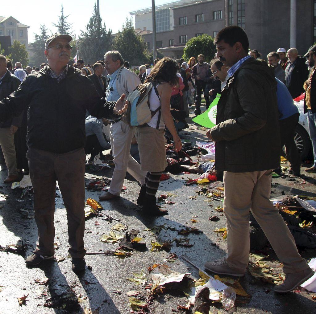 30 Orang Tewas Akibat Ledakan Bom di Turki